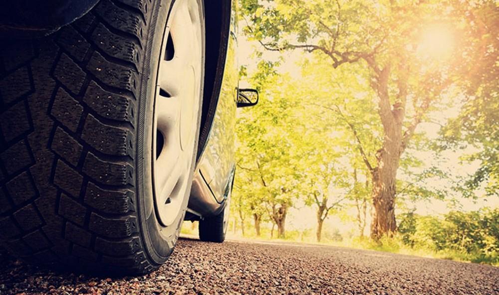 Comment être sûr d'avoir des pneus d'été pas chers?