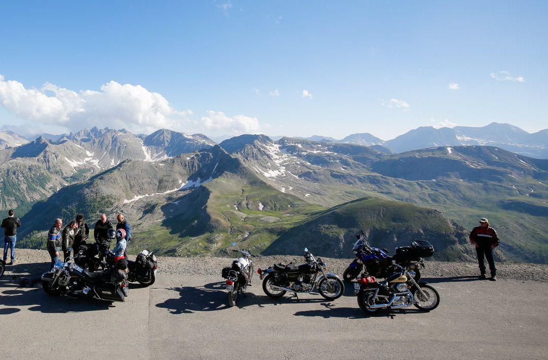 5 raisons de passer son permis moto à la montagne à Grenoble