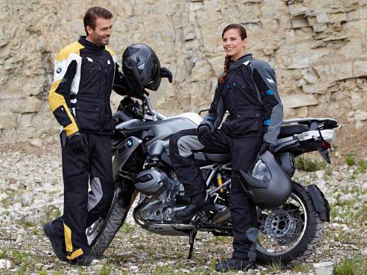 Guide d'achat : Comment bien choisir un casque pour moto?